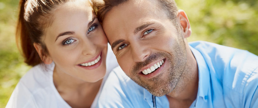 What Foods Help to Achieve a Brighter Smile?